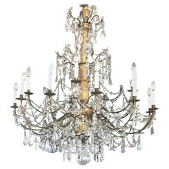 Italian Giltwood and Crystal Chandelier 18th Century Great Beauty
