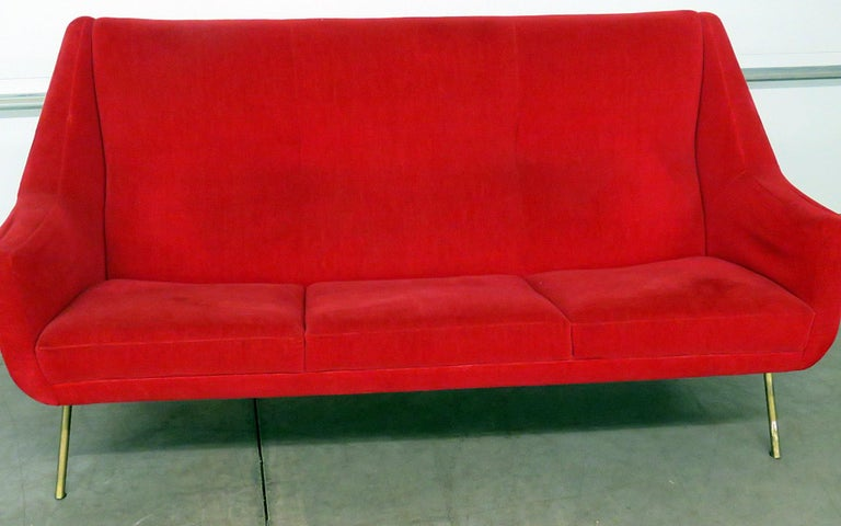Mid-Century Modern Italian Gio Ponti Style Sofa For Sale