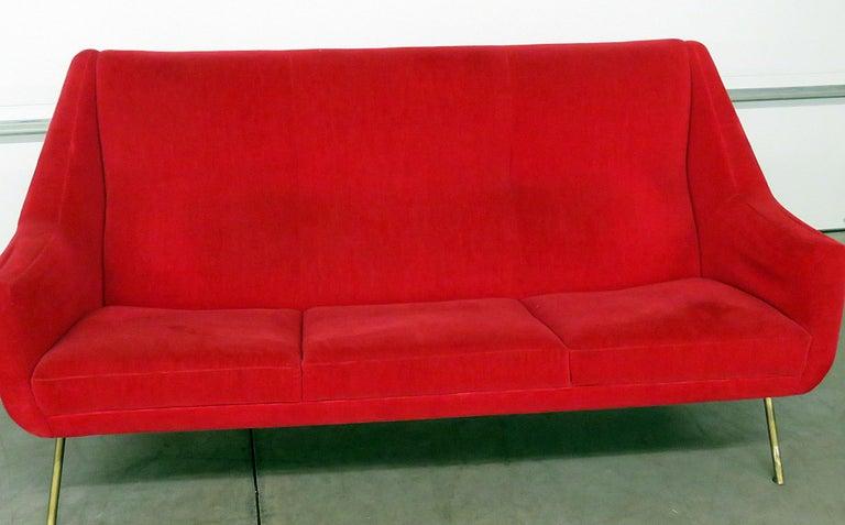 Italian Gio Ponti Style Sofa In Good Condition For Sale In Swedesboro, NJ