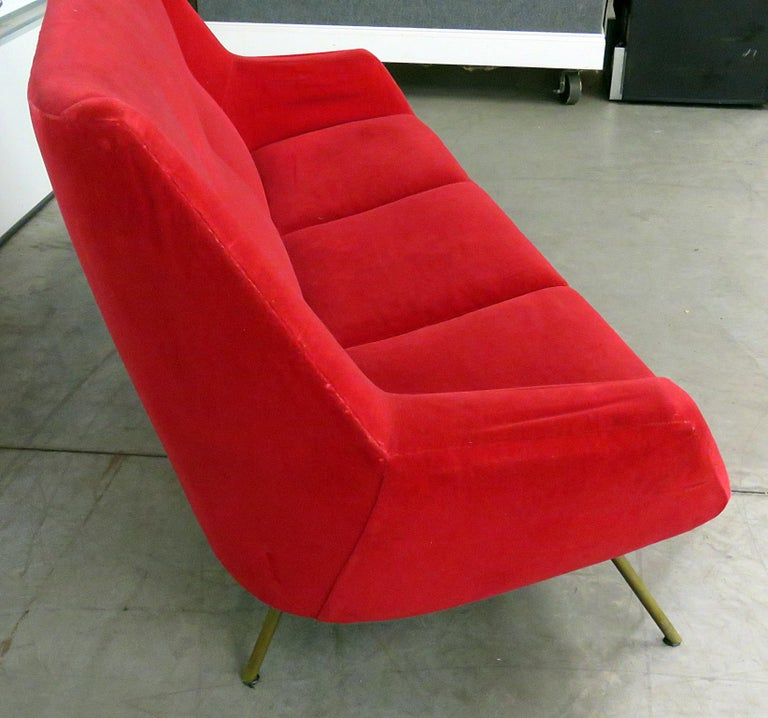 Late 20th Century Italian Gio Ponti Style Sofa For Sale