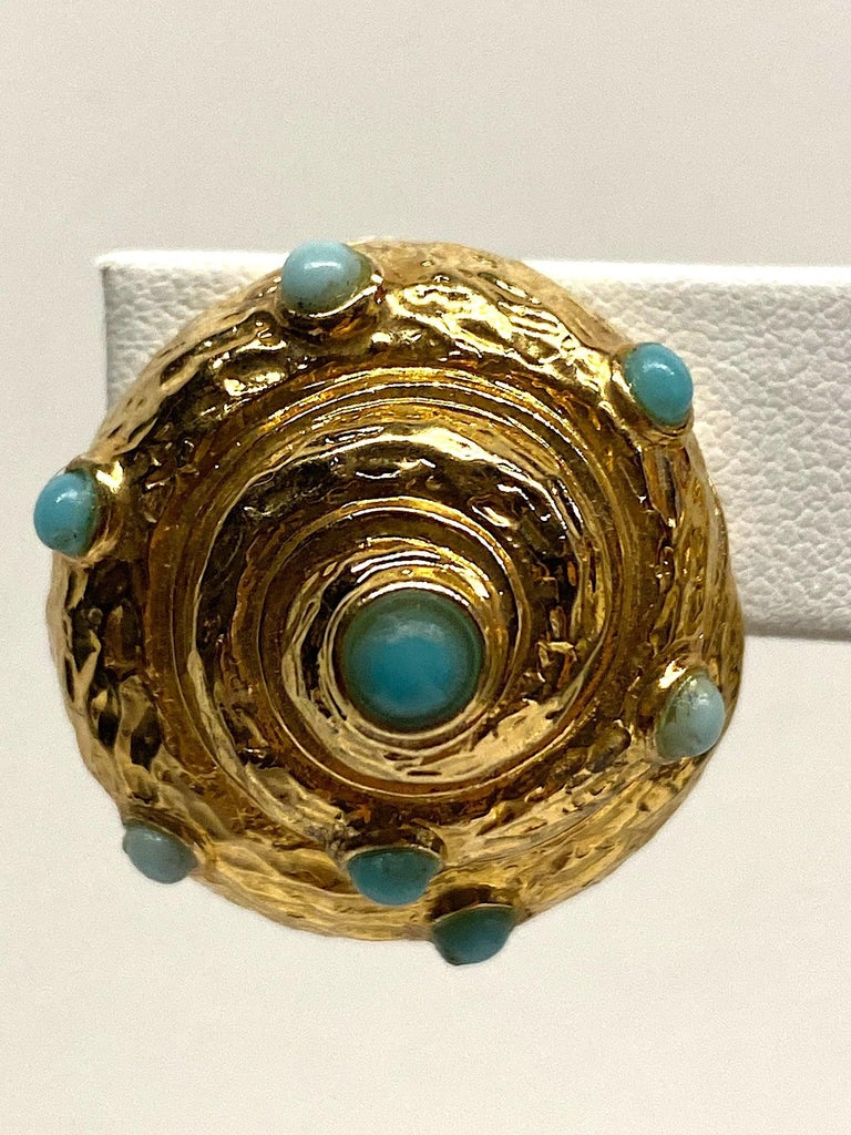 Italian Gold and Turquoise Spiral Sea Shell Earrings In Good Condition For Sale In New York, NY