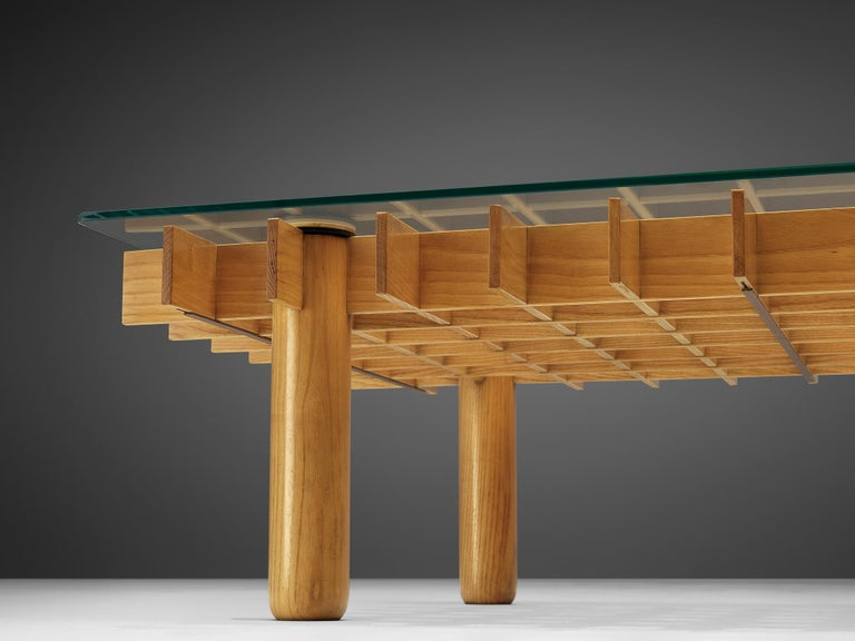 Italian Graphical Coffee Table in Maple and Glass For Sale 3