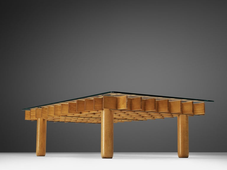 Italian Graphical Coffee Table in Maple and Glass For Sale 4