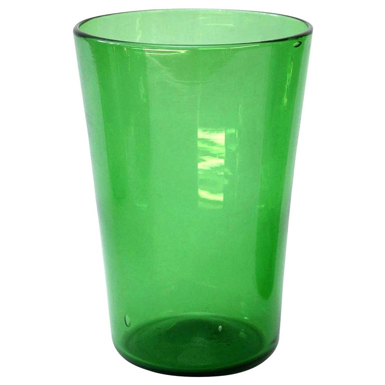 Italian Green Glass Vase by Empoli For Sale 3