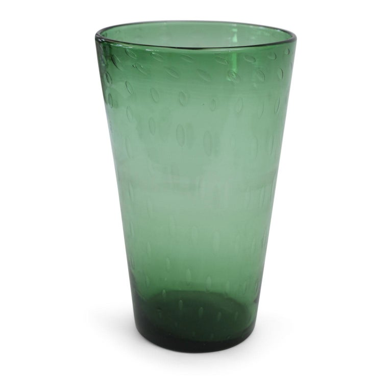 Italian Green Glass Vase In Excellent Condition For Sale In Houston, TX