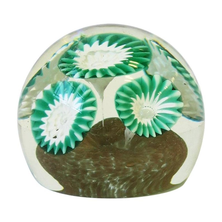 Italian Green White and Clear Art Glass Decorative Object or Paperweight For Sale