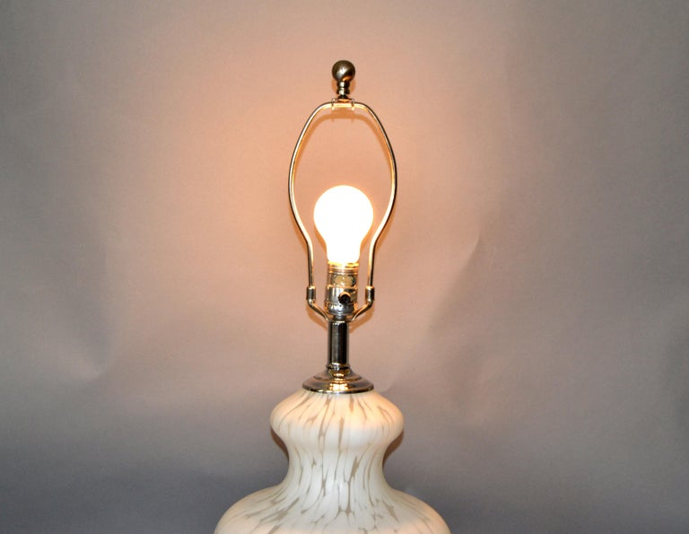 Italian Hand Blown Murano Glass and Chrome Table Lamp In Good Condition For Sale In Miami, FL