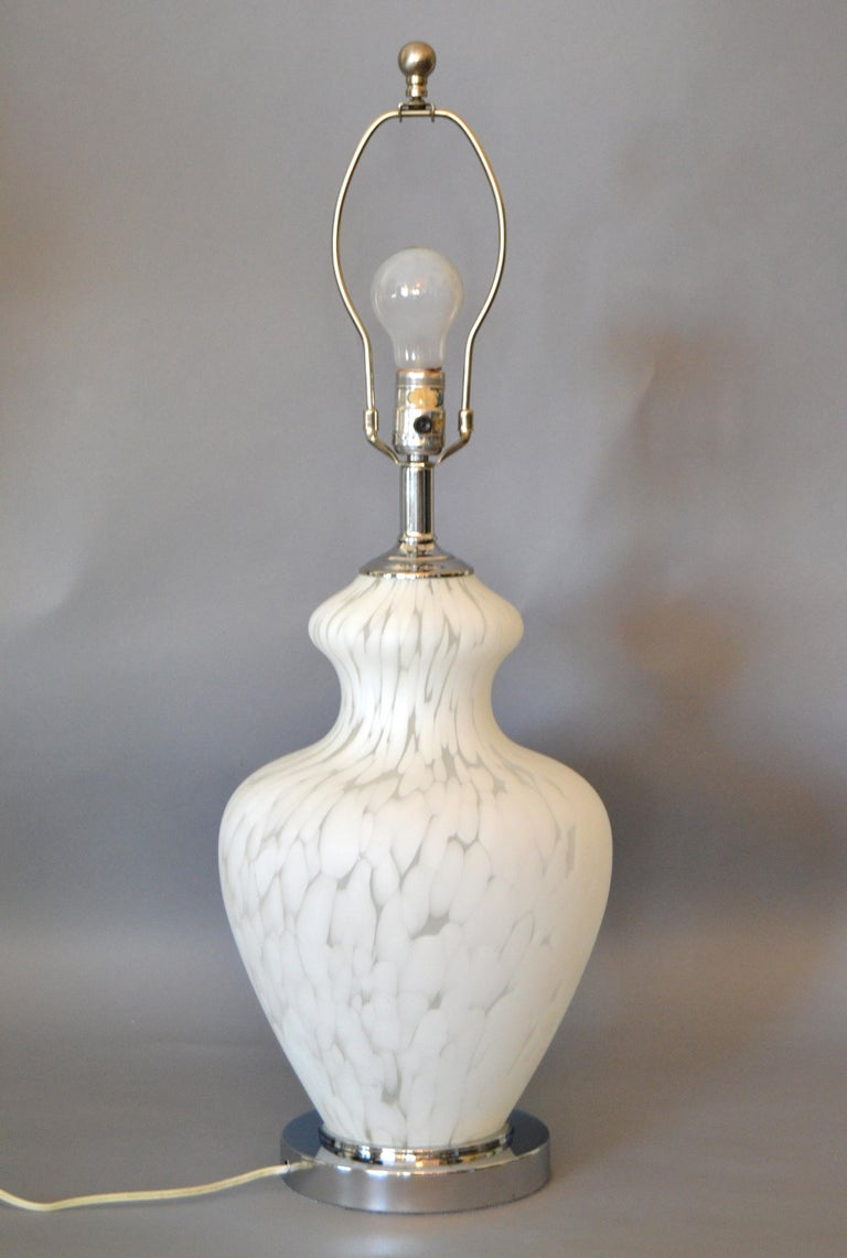 Italian Hand Blown Murano Glass and Chrome Table Lamp For Sale 1