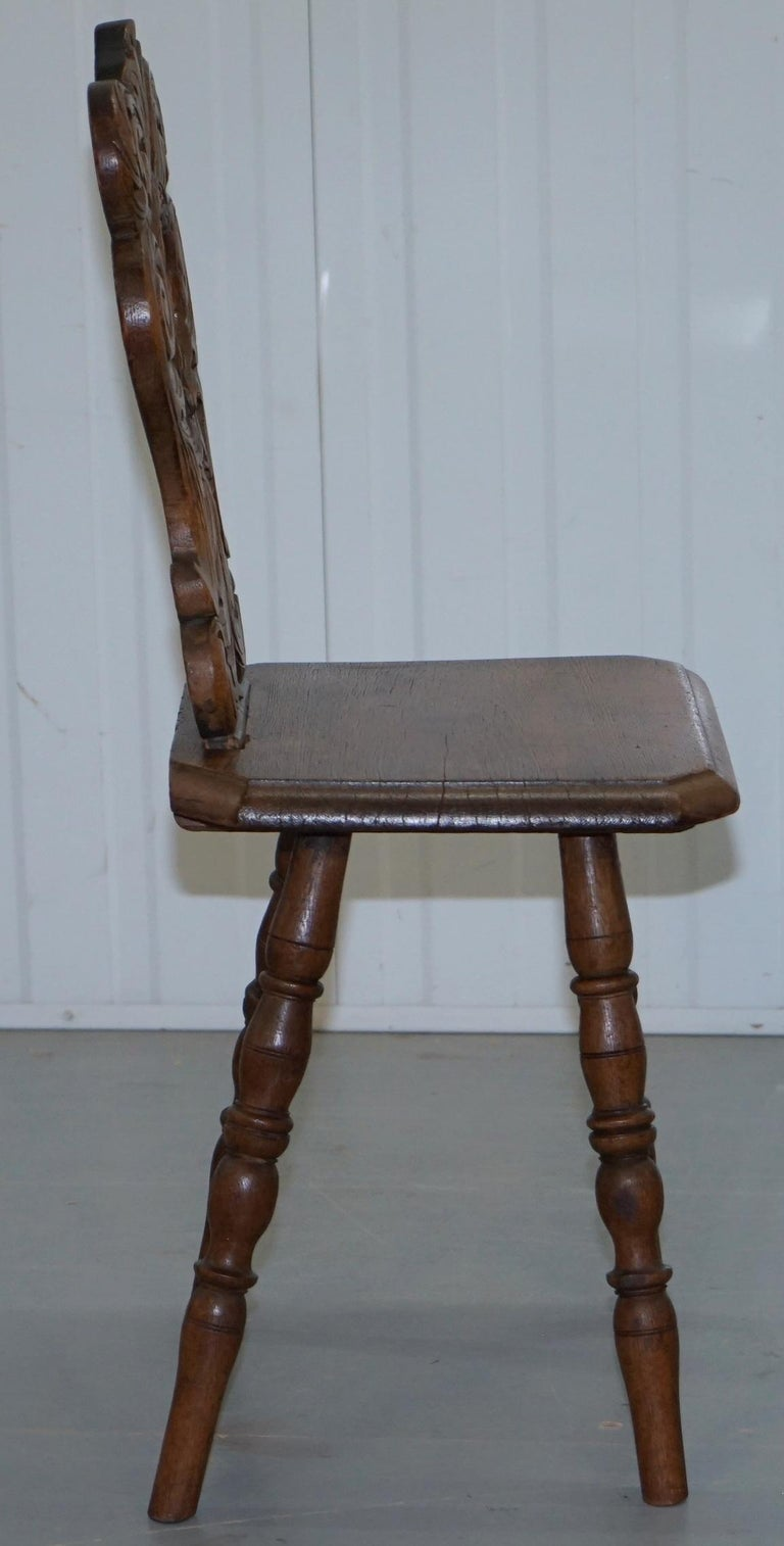Italian Hand Carved Oak Hall Chair with Ornate Wood Floral Cresting Back Rest For Sale 4