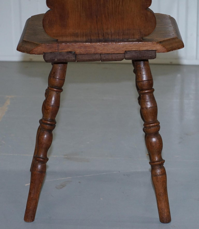 Italian Hand Carved Oak Hall Chair with Ornate Wood Floral Cresting Back Rest For Sale 7