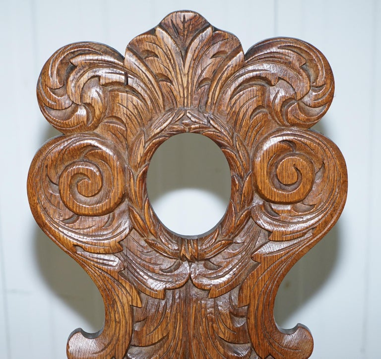 Late 19th Century Italian Hand Carved Oak Hall Chair with Ornate Wood Floral Cresting Back Rest For Sale