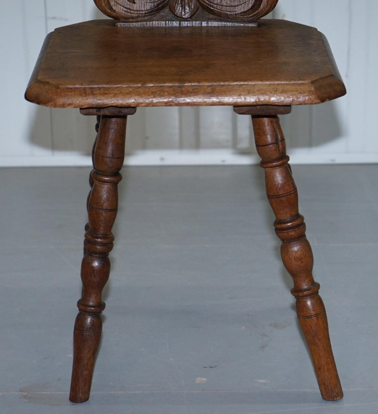 Italian Hand Carved Oak Hall Chair with Ornate Wood Floral Cresting Back Rest For Sale 2