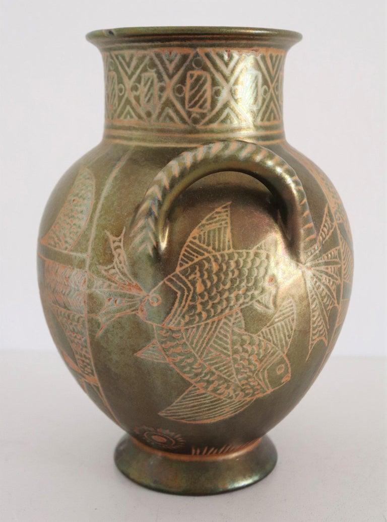 Italian Hand Painted Ceramic Vase in Lustro Glaze by Riccardo Gatti Faenza 1950s For Sale 7