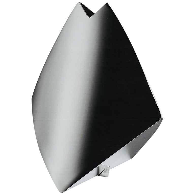 """Italienische Handgemachte Moderne Versilberte Vase """"Shark"""" von G. Malimpensa für Mesa 1"""