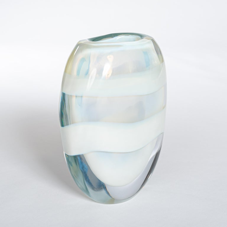 Italian Heavy Opalescent Murano Glass Vase Sign by P. Signoretto In Good Condition For Sale In Salzburg, AT