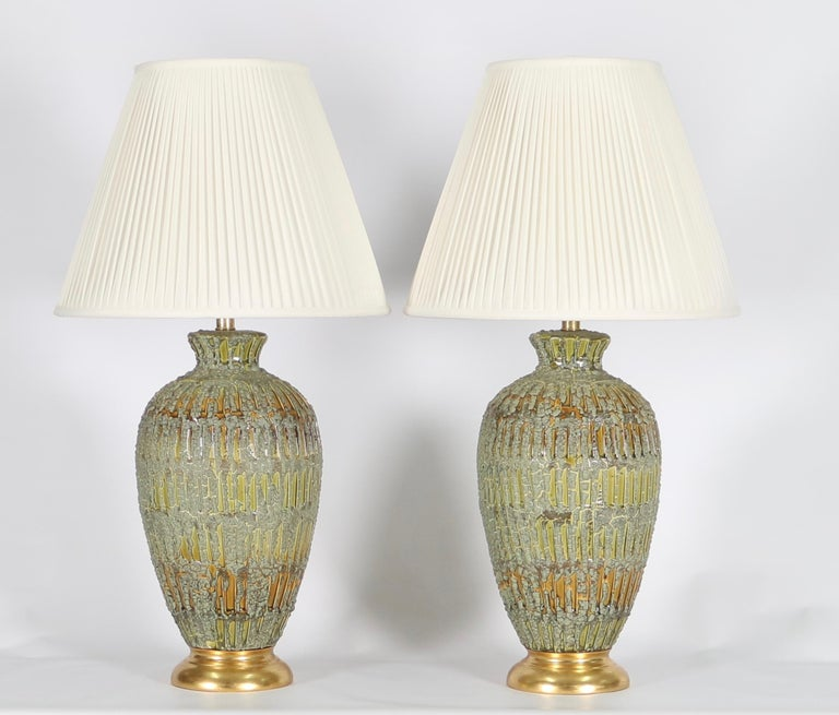 Mid-20th Century Italian Hollywood Regency Lamps Lava Glazed in Green and Gold Tones For Sale