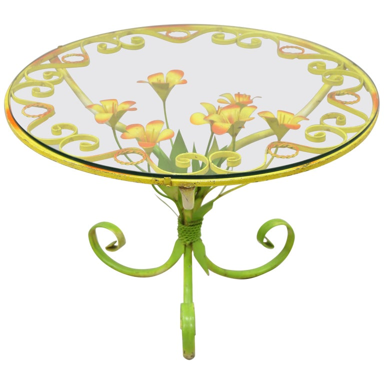 Italian Hollywood Regency Orange Yellow Round Iron Flower Small Coffee Table For Sale