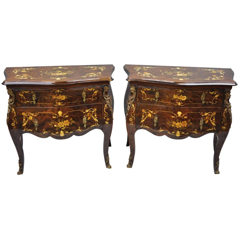 Pair Italian Inlaid French Louis XV Bombe Nightstands Commode by Roma Furniture For Sale