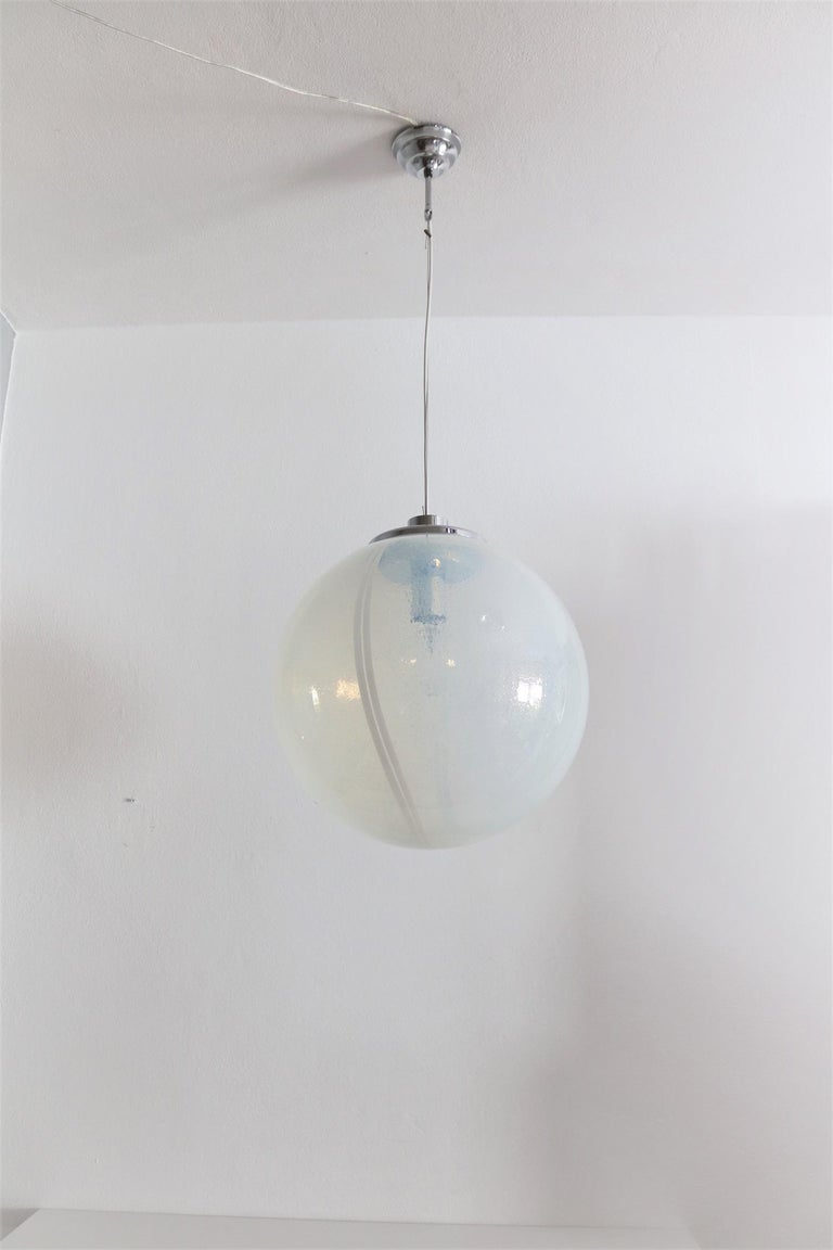 Italian Iridescent Murano Glass and Chrome Sphere Pendant Chandelier, 1970s For Sale 1