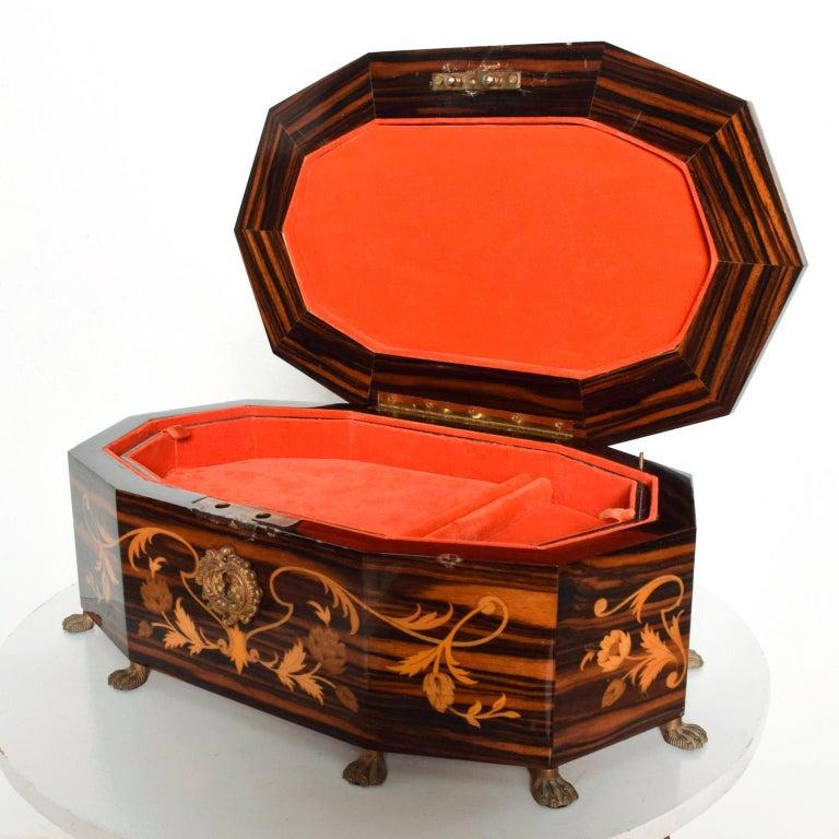 Lacquered Italian Jewelry Decorative Wood Box