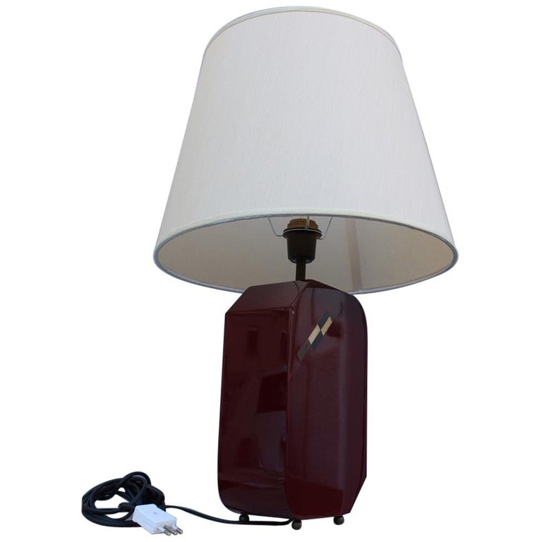 Italian Lamp 1970 in Red Bakelite with Dome in white Round Fabric For Sale