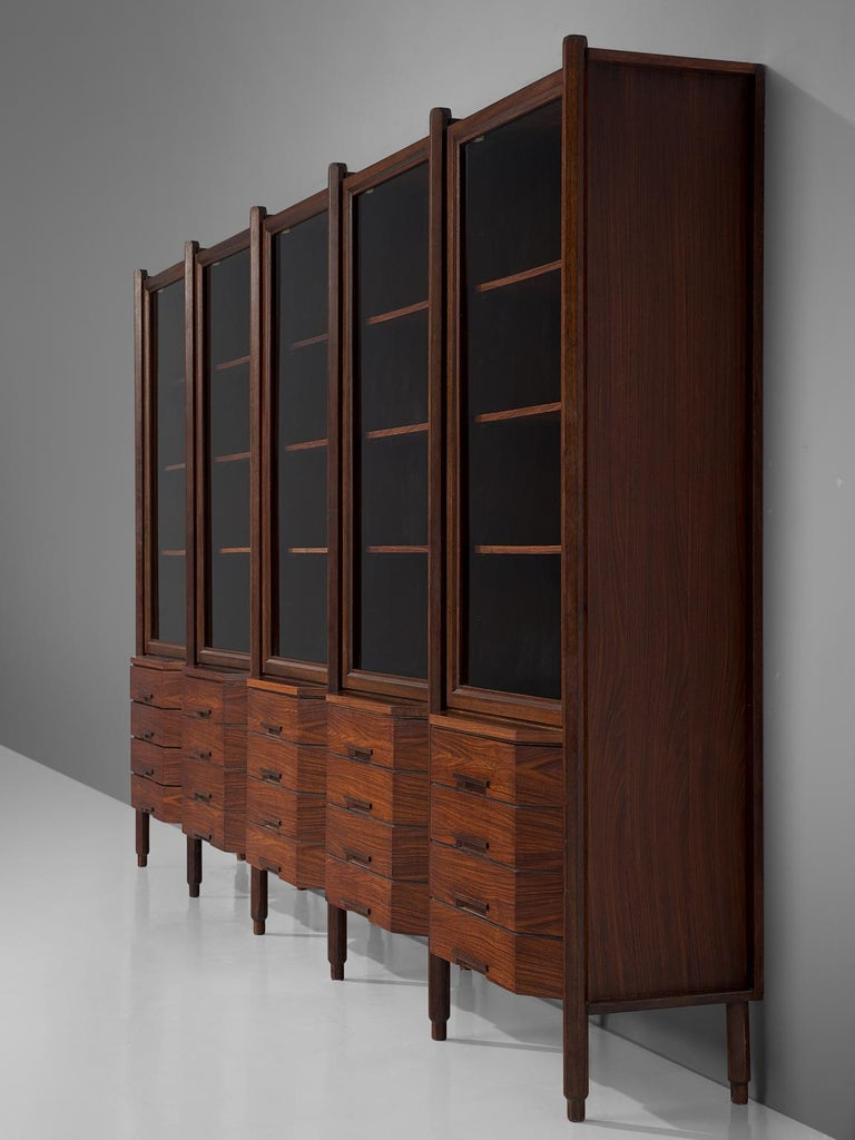 Italian Large Five Sectioned Cabinet in Rosewood, 1960s In Good Condition For Sale In Waalwijk, NL