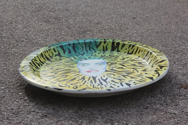 Italian Large Round Ceramic Dish Plate 1980s, Multicolored Face Yellow Green For Sale 1