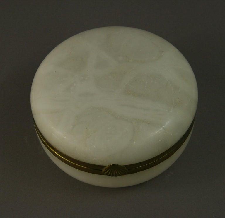 Italian Large White Alabaster Trinket Box For Sale 1