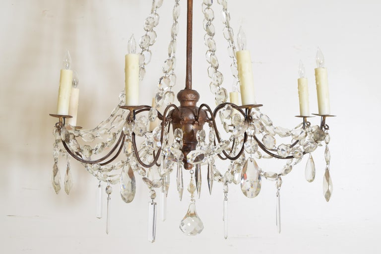 Italian Late Neoclassic Giltwood, Iron, and Glass 8-Light Chandelier, circa 1835 For Sale 4