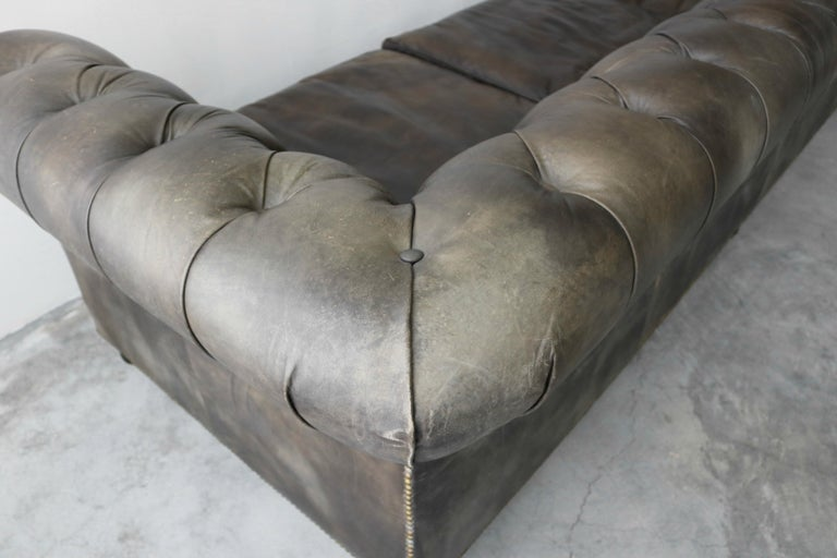 Italian Leather Chesterfield Sofa For Sale at 1stdibs