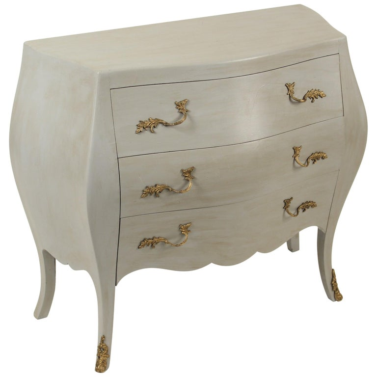 Italian Louis XV Style Painted Chest of Drawers For Sale