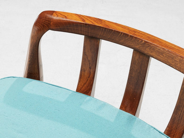 Italian Lounge Chairs in Oak and Blue Fabric For Sale 6