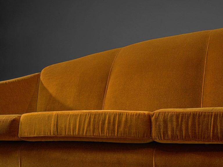 Italian Lounge Set in Bronze Orange Velvet For Sale 4