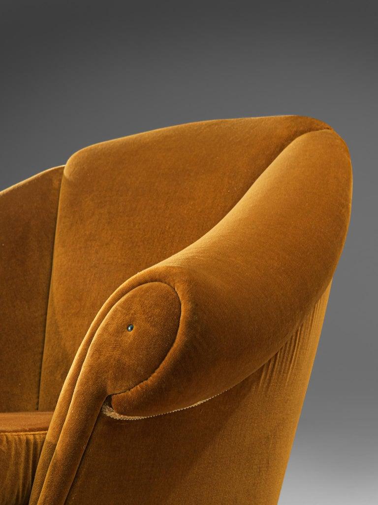 Italian Lounge Set in Bronze Orange Velvet For Sale 5