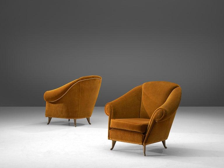 Italian Lounge Set in Bronze Orange Velvet For Sale 1