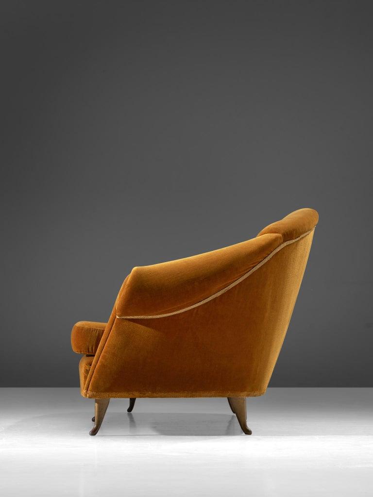 Italian Lounge Set in Bronze Orange Velvet For Sale 2