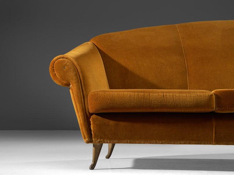 Italian Lounge Set in Bronze Orange Velvet For Sale 3