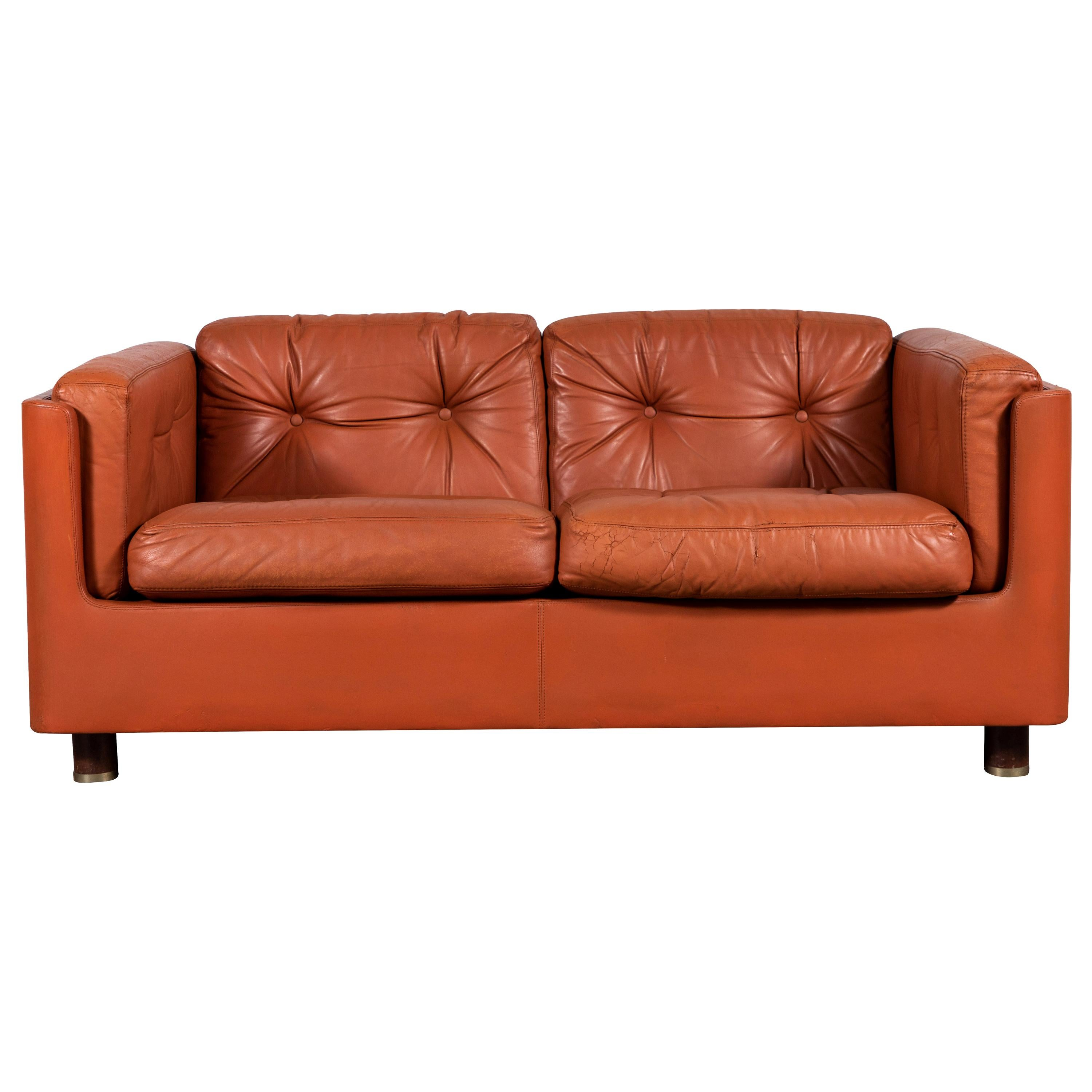 Italian Low Leather Modern Sofa with Curved Corners by Zanotta For ...