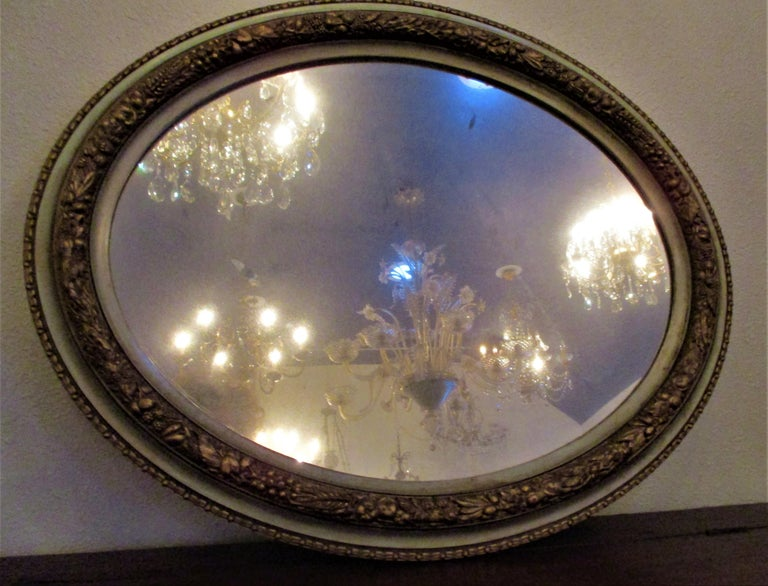 Italian, Lucca 19th Century Carved Gold Green Oval Mirror In Good Condition For Sale In Oregon, OR