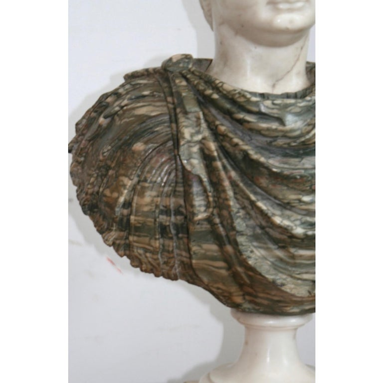 Italian Marble Bust of a Roman Emperor, 18th Century In Good Condition For Sale In , CH