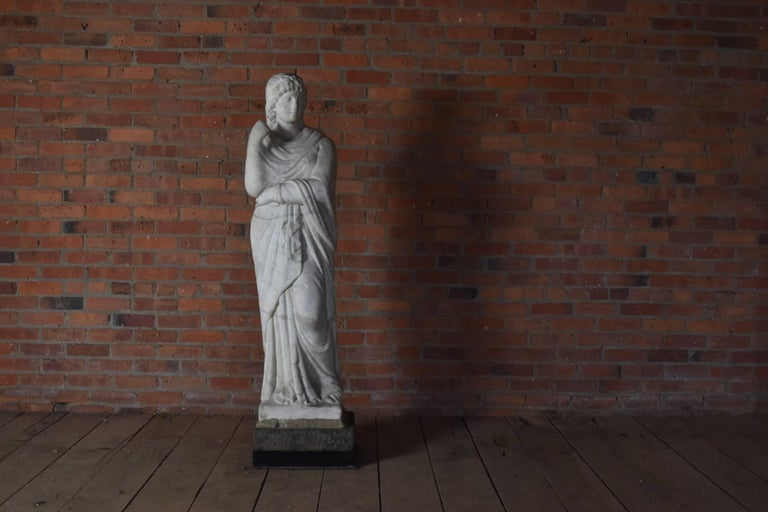 Italian Marble Statue of Livia or Pudicity, 19th Century after the Antique  In Fair Condition For Sale In Troy, NY