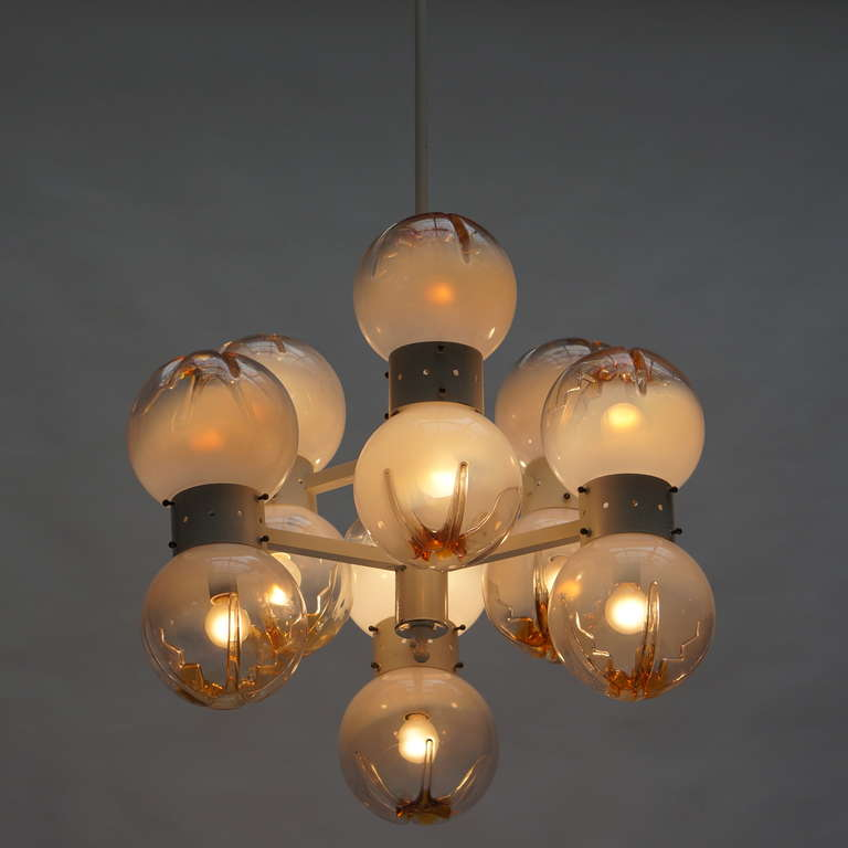 20th Century Italian Mazzega Chandelier with 12 Globes For Sale