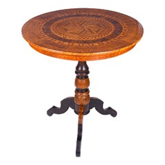 Italian Mid-19th Century Marquetry Circular Centre Table from Rolo
