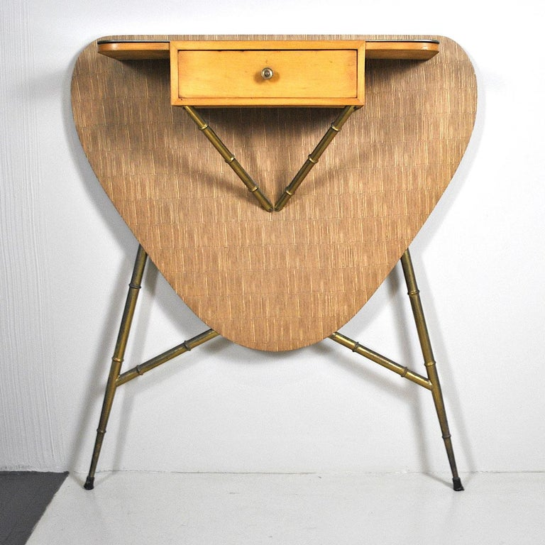 Italian Midcentury 1960s Consolle in Brass and Wood For Sale 4
