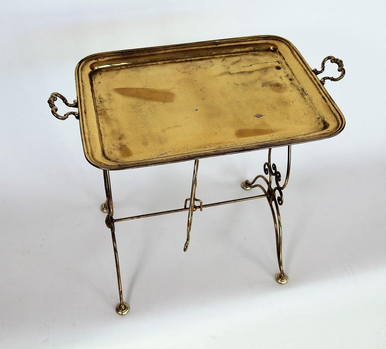 Italian Midcentury Brass Side Table or Tray Table, 1950s In Fair Condition For Sale In Clivio, Varese