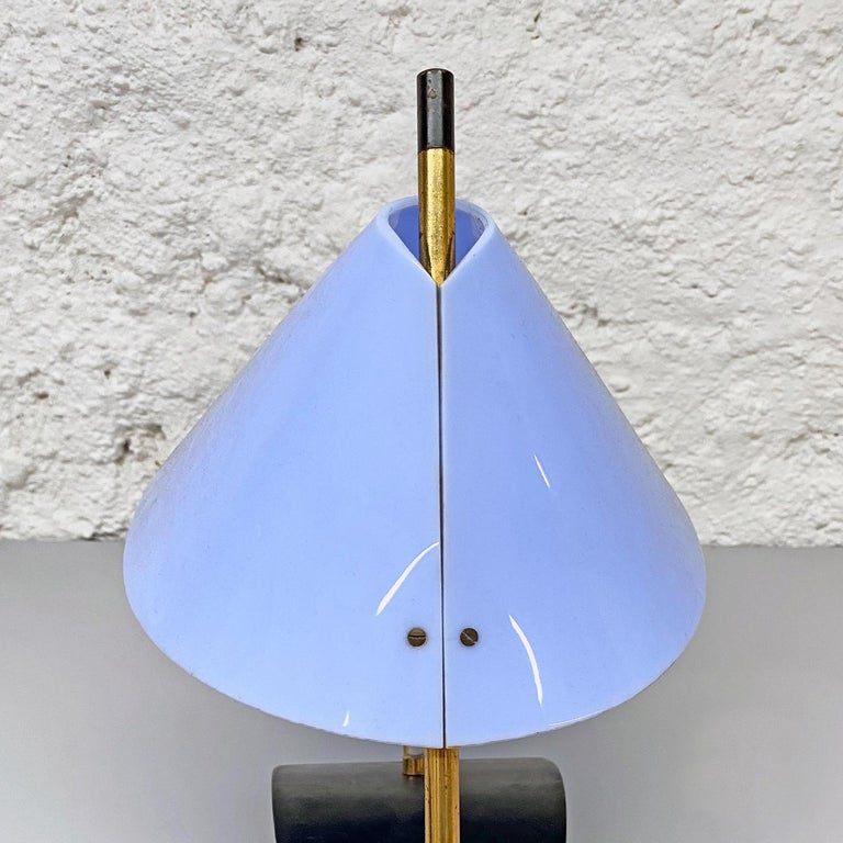 Italian Mid-Century Brass Table Lamps with Blue Lampshade by Stilnovo, 1950s For Sale 10
