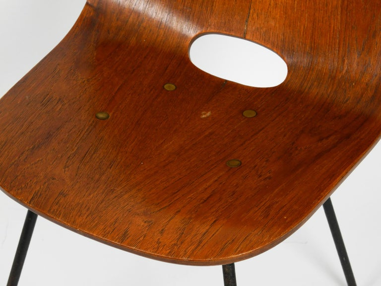 Italian Midcentury Chair by Vittorio Nobili Made of Plywood with Teak Veneer For Sale 9