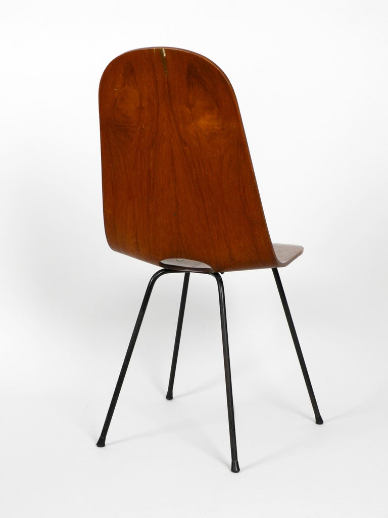 Italian Midcentury Chair by Vittorio Nobili Made of Plywood with Teak Veneer In Good Condition For Sale In München, DE