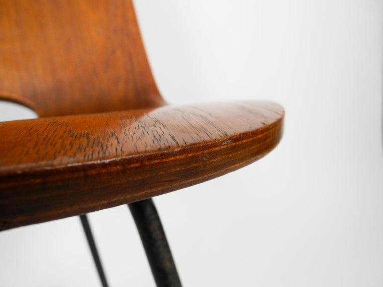 Italian Midcentury Chair by Vittorio Nobili Made of Plywood with Teak Veneer For Sale 1