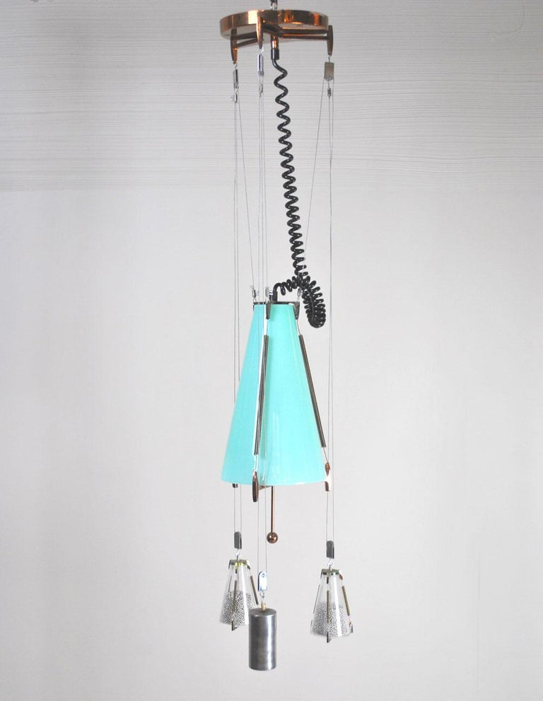Mid-20th Century Italian Midcentury Chandelier in the Atomic Style from the 1960s